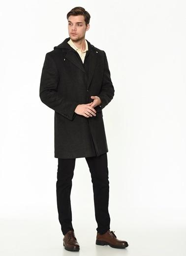 Dewberry Yünlü Ve Polyesterli Düğmeli Erkek Palto Antrasit
